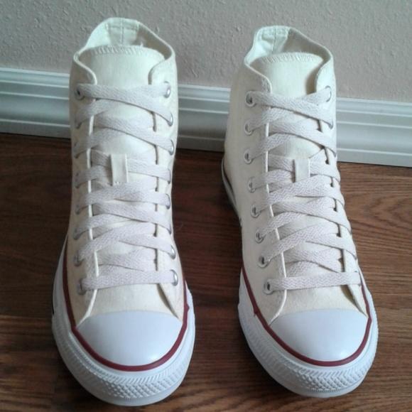 ac03d66143b0 CONVERSE hi top new white size 6.5 men s wo`s 8.5